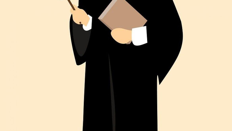 התלבטות: עורך דין פלילי עצמאי או פליליסט מהסנגוריה?